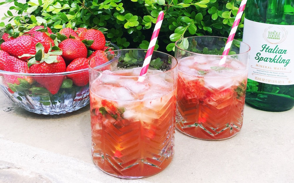 A Strawberry Lime Basil Mocktail Recipe That You Need For Spring