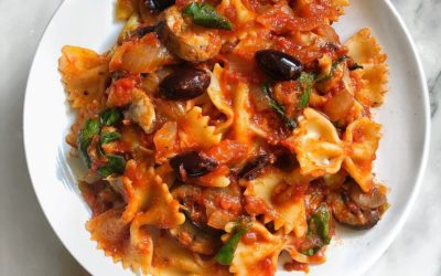 Vegan Dinner Ideas: Mediterranean Veggie Pasta Recipe {Video}