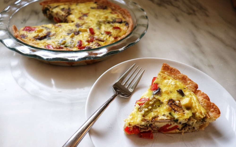 easy veggie quiche recipe featured by top US wellness blogger, Elizabeth Finch Wellness