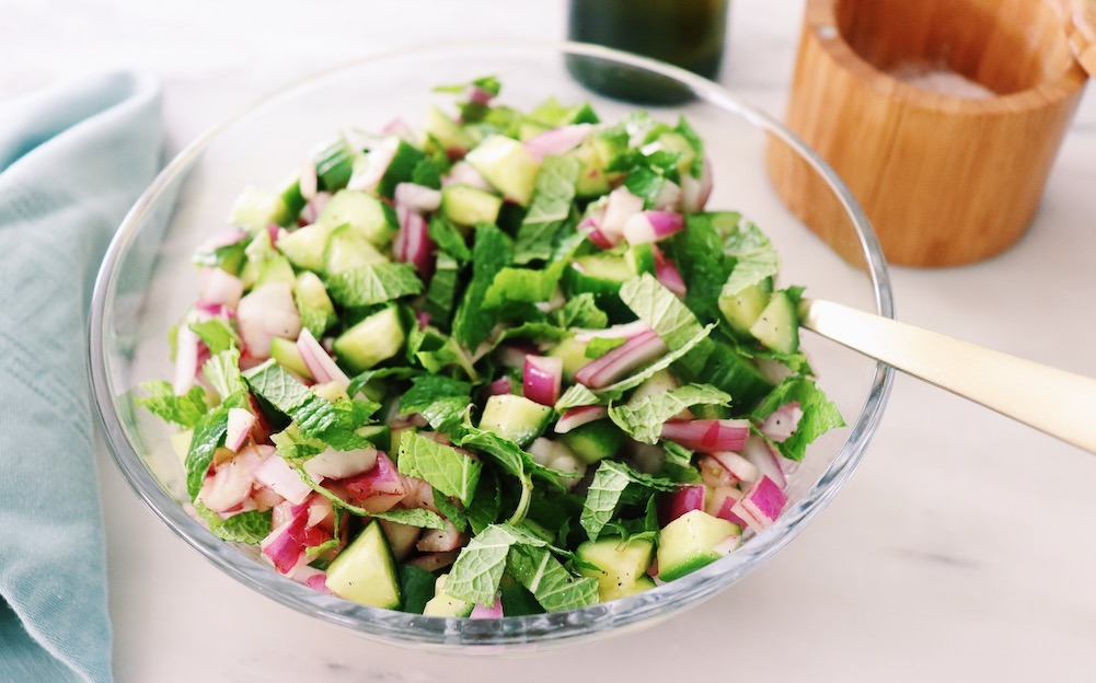 Easy Summer Salads: A Refreshing Cucumber Red Onion Salad With Mint