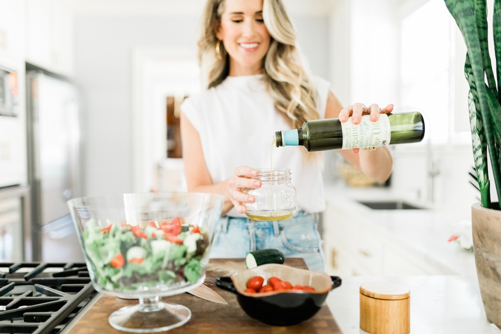 How to Follow a Mediterranean Style Diet, tips featured by top US wellness blogger, Elizabeth Finch Wellness